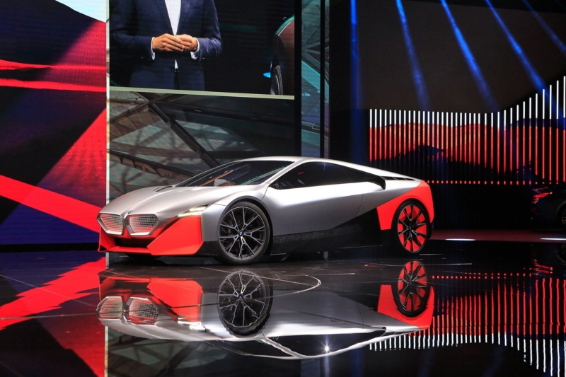 2019 - [BMW] Vision M Next Concept  - Page 2 F214