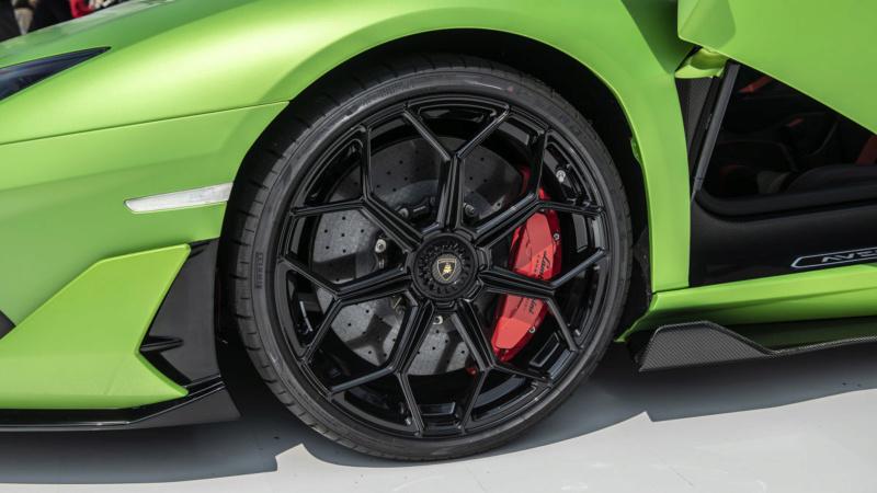 2011 - [Lamborghini] Aventador LP700-4 - Page 27 F253f810