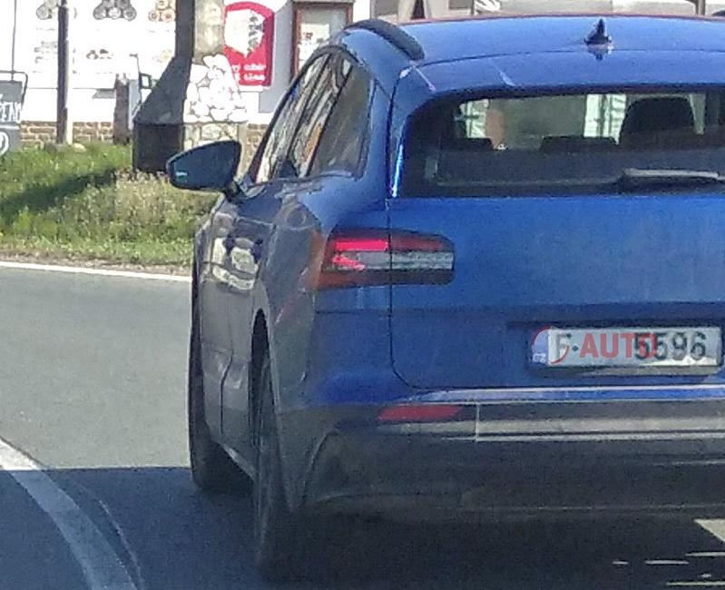 2021 - [Skoda] SUV EV F25d8a10