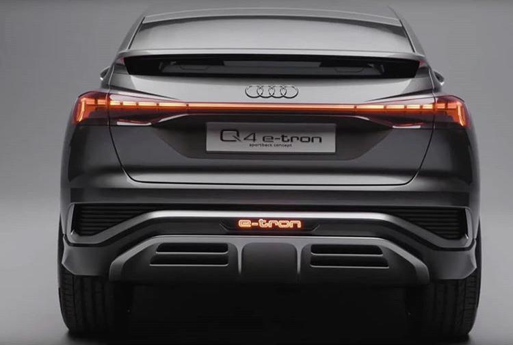 2019 - [Audi] Q4 e-Tron Concept - Page 3 F36e7d10