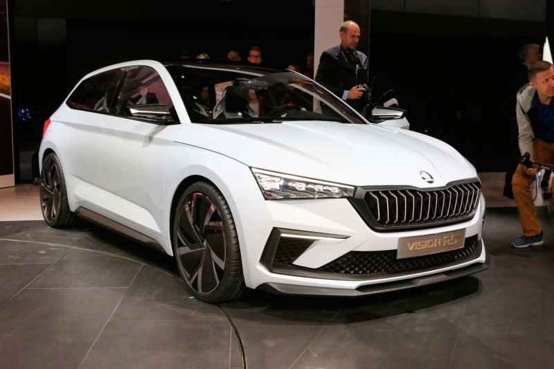 2018 - [Skoda] Vision RS - Page 2 F5f18010