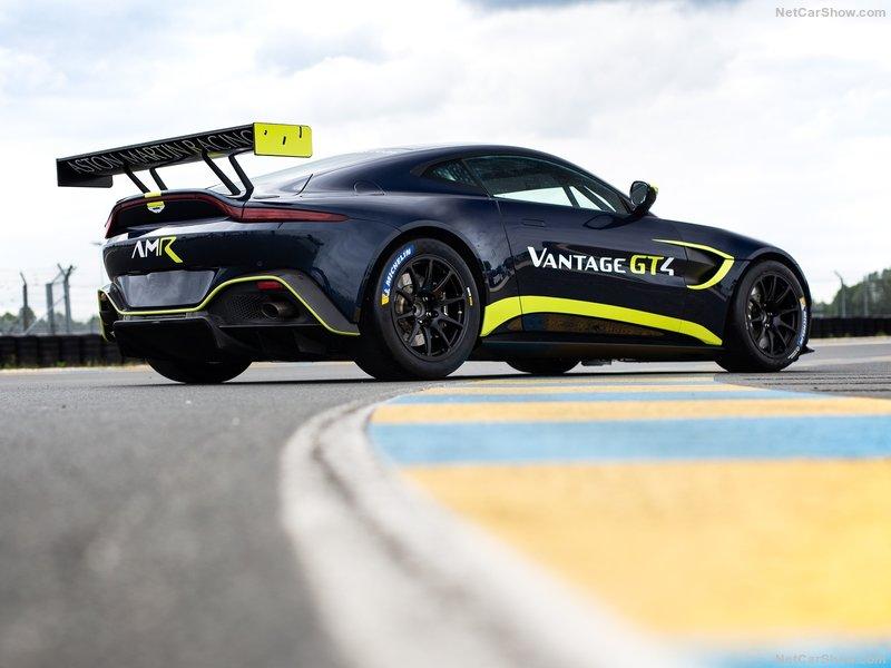 2017 - [Aston Martin] Vantage - Page 3 F6e9c610
