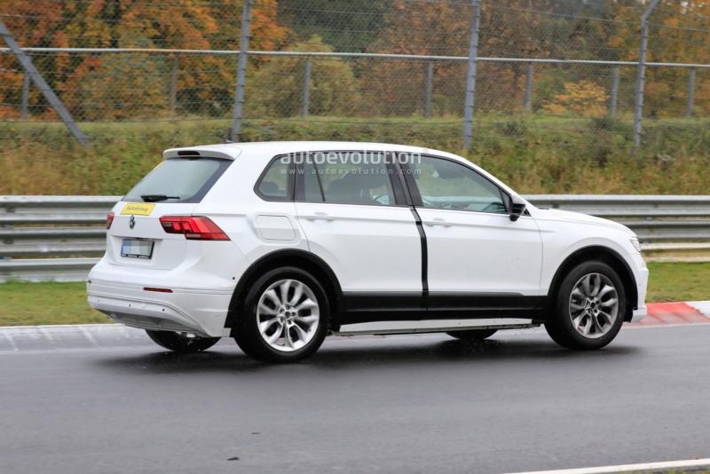 2021 - [Skoda] SUV EV F887f810