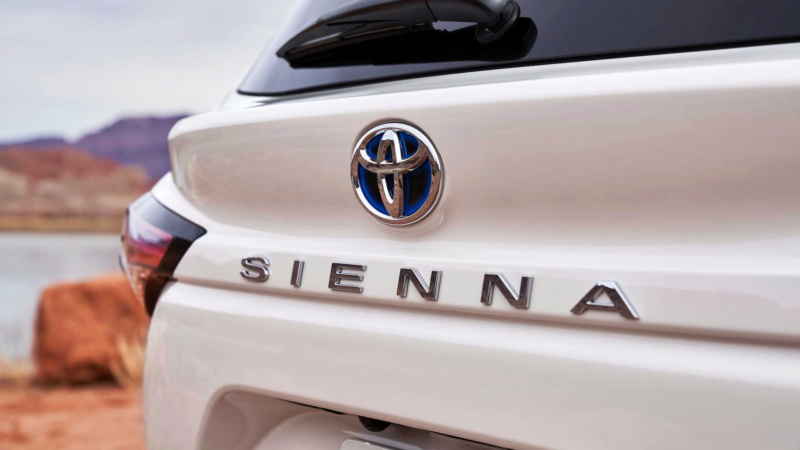 2020 - [Toyota] Sienna  F8bfe010
