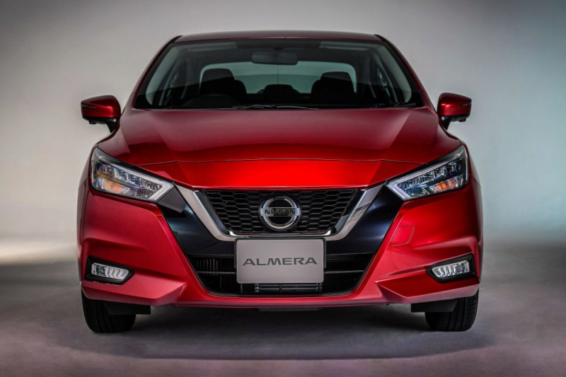 2020 - [Nissan] Versa Fa93d010