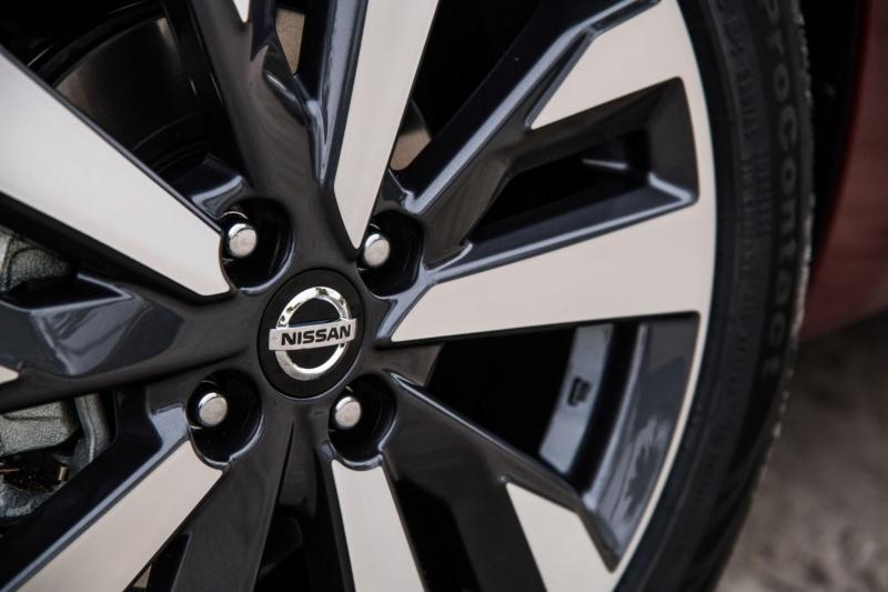 2020 - [Nissan] Versa Fb034f10