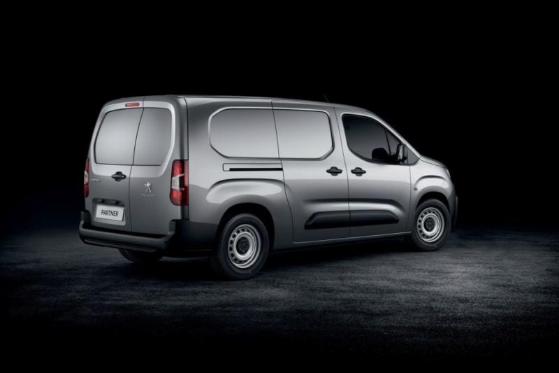 2018 - [Peugeot/Citroën/Opel] Rifter/Berlingo/Combo [K9] - Page 38 Fb64b110