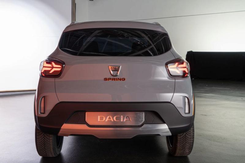 2020 - [Dacia] Spring (show car) Fc5cda10