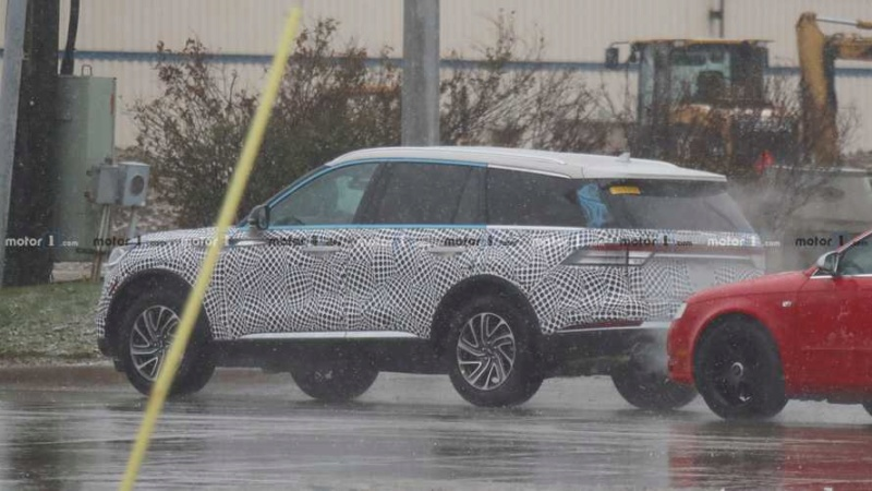 2019 - [Lincoln] Aviator Fe2cbe10
