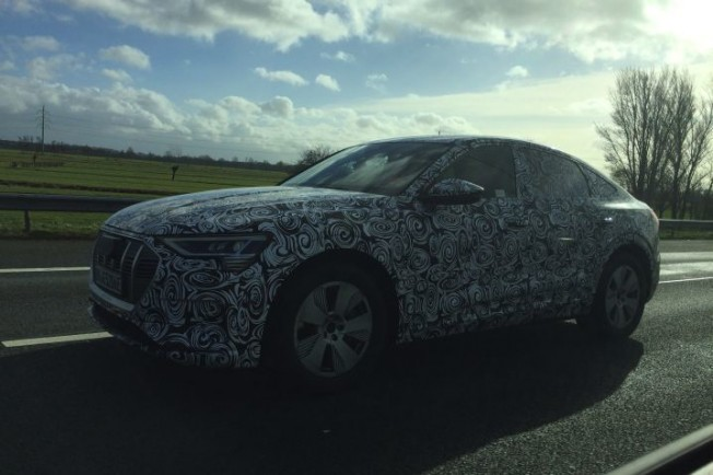 2020 - [Audi] E-Tron Sportback Ffcc7c10