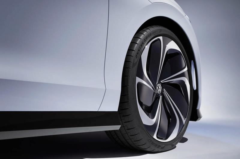 2019 - [Volkswagen] ID Space Vizzion Fff0c010
