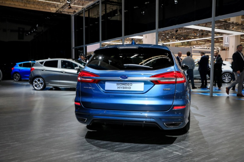 2016 - [Ford] Mondeo / Fusion restylée - Page 5 H713