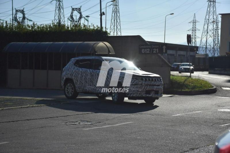 2022 - [Jeep] Compass Jeep-c25
