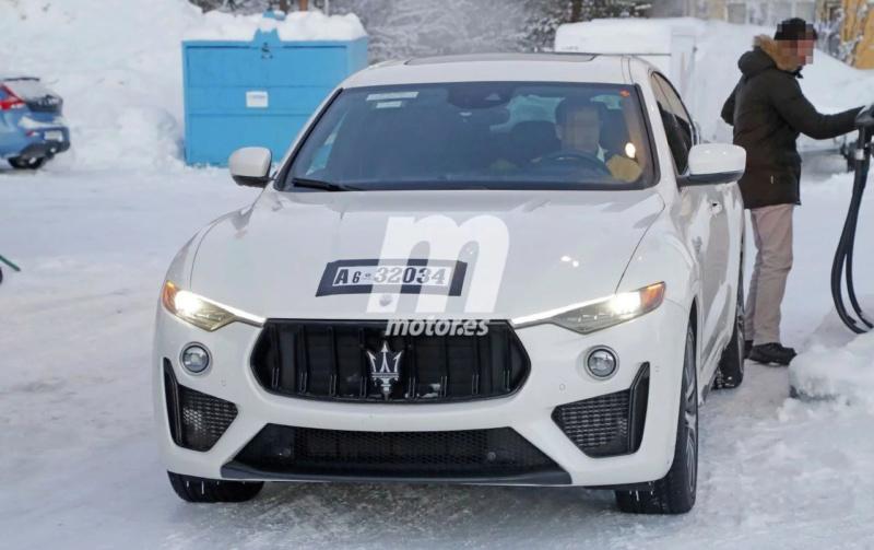 2016 - [Maserati] Levante - Page 11 Masera12