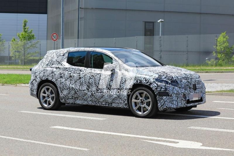 2022 - [Mercedes-Benz] EQS SUV Merce191