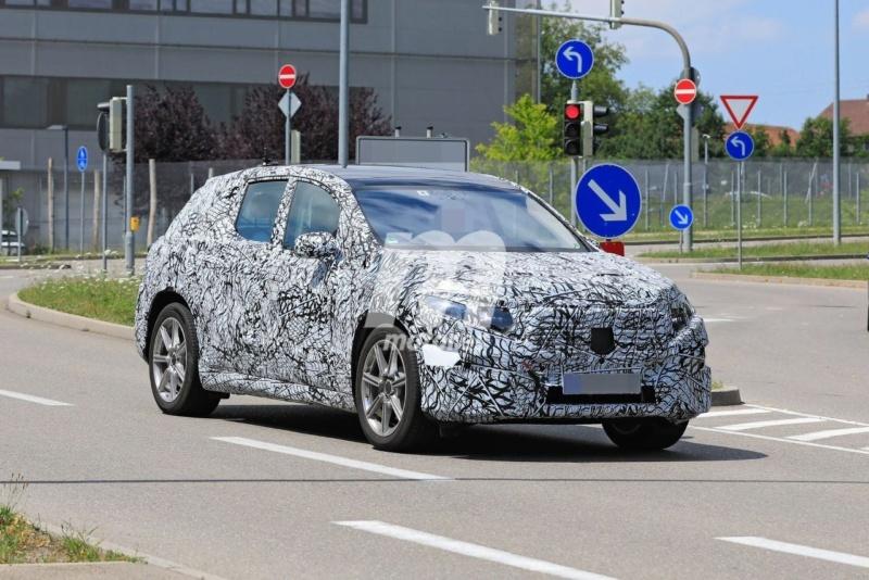 2022 - [Mercedes-Benz] EQS SUV Merce198