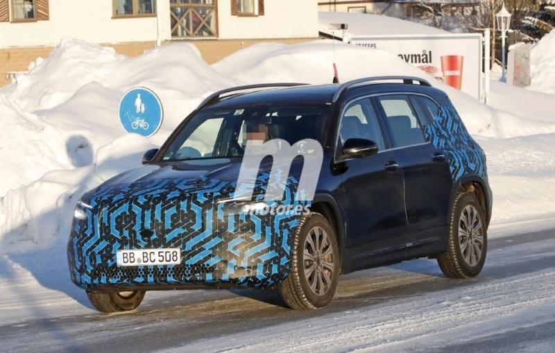2021 - [Mercedes-Benz] EQB Merced56