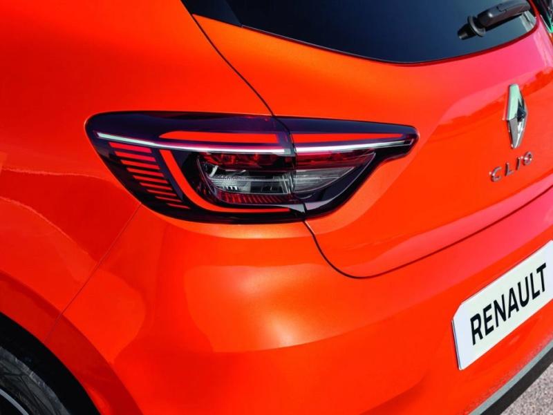 2019 - [Renault] Clio V (BJA) - Page 39 Renaul38