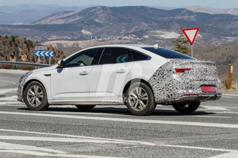 2020 - [Renault] Talisman restylée - Page 6 T1110