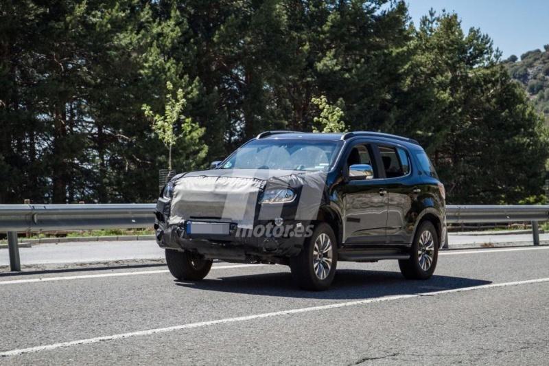 2012 - [Chevrolet] Trailblazer  T413