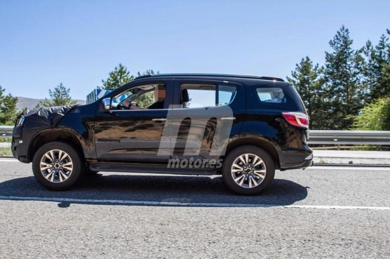 2012 - [Chevrolet] Trailblazer  T713