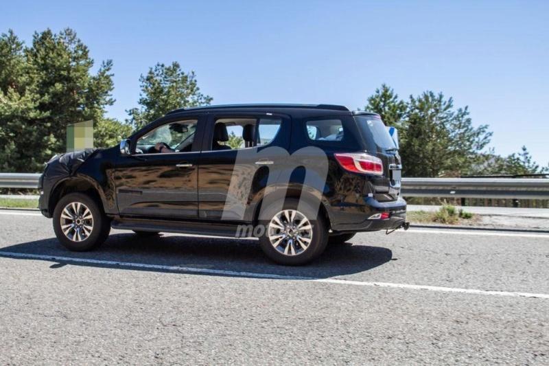 2012 - [Chevrolet] Trailblazer  T813