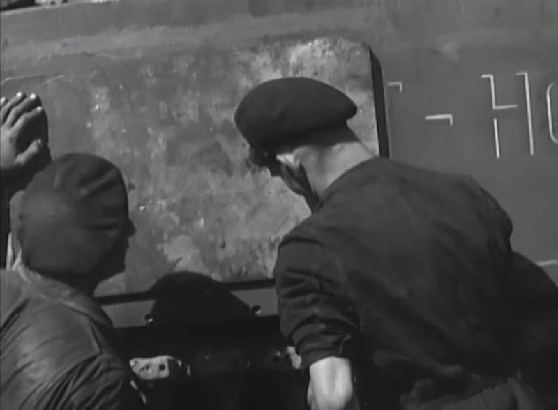 Pose de renfort blindé sur Sherman Mort-h11