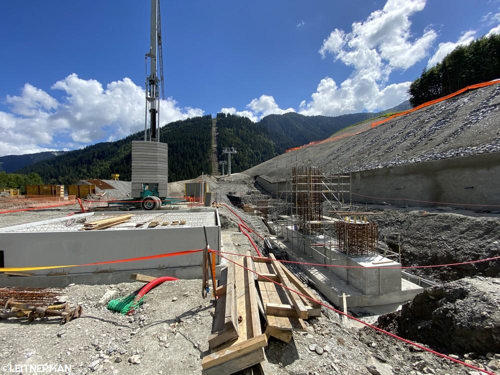 Construction Télécabine débrayable 10 places (TCD10) du Bois - Arêches 1120