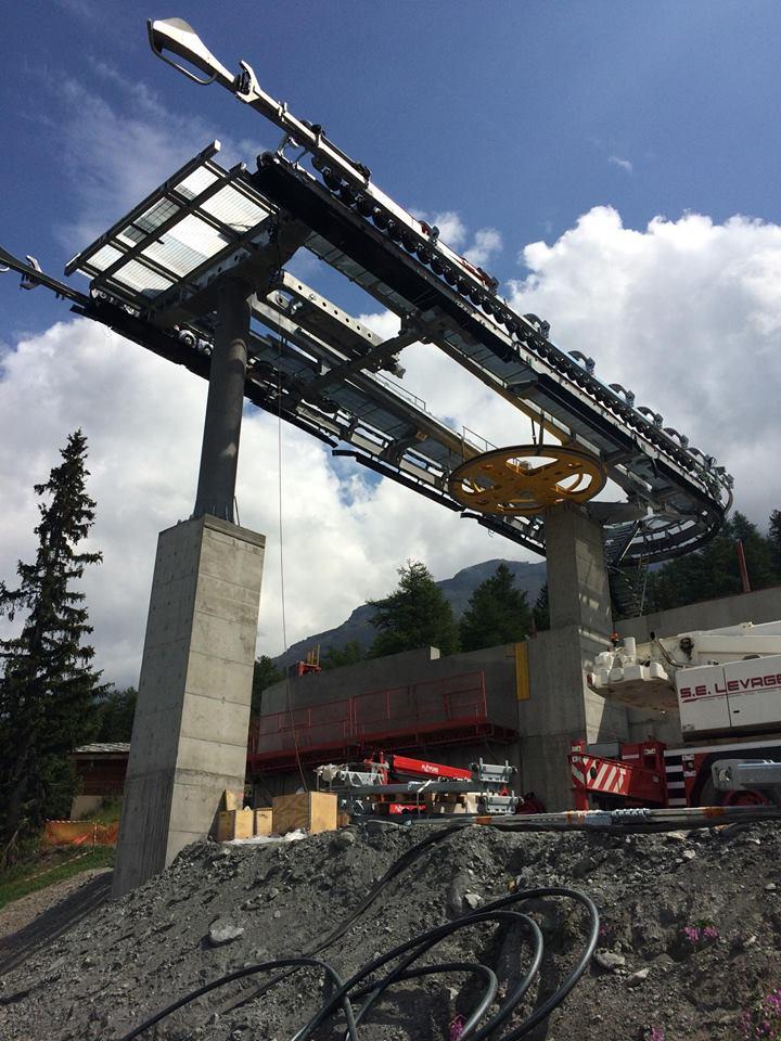 Construction télécabine débrayable 10 places (TCD10) du Vieux Moulin - Val Cenis, Leitner 113