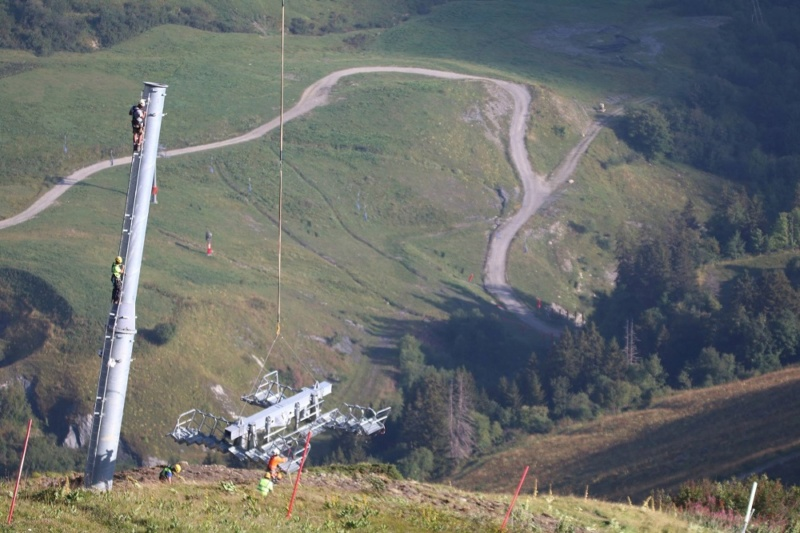 Construction télésiège débrayable (TSD6) du Mottet - Valmorel (Poma) 1211