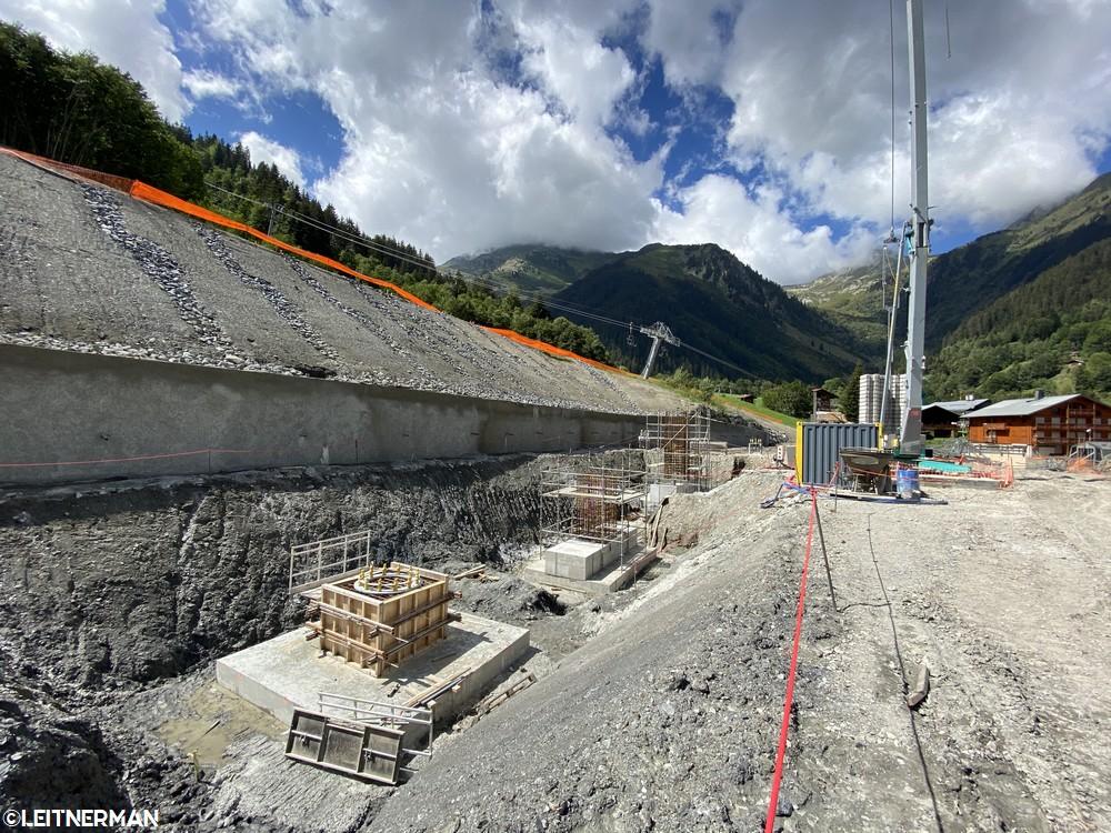 Construction Télécabine débrayable 10 places (TCD10) du Bois - Arêches 1218