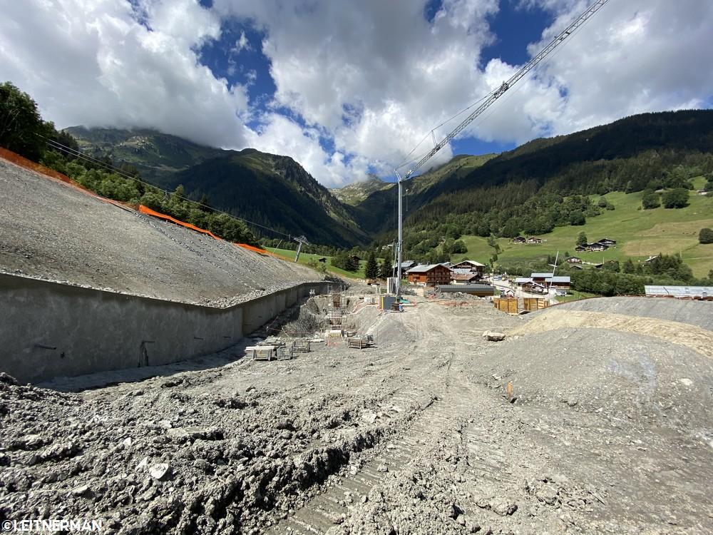 Construction Télécabine débrayable 10 places (TCD10) du Bois - Arêches 1420