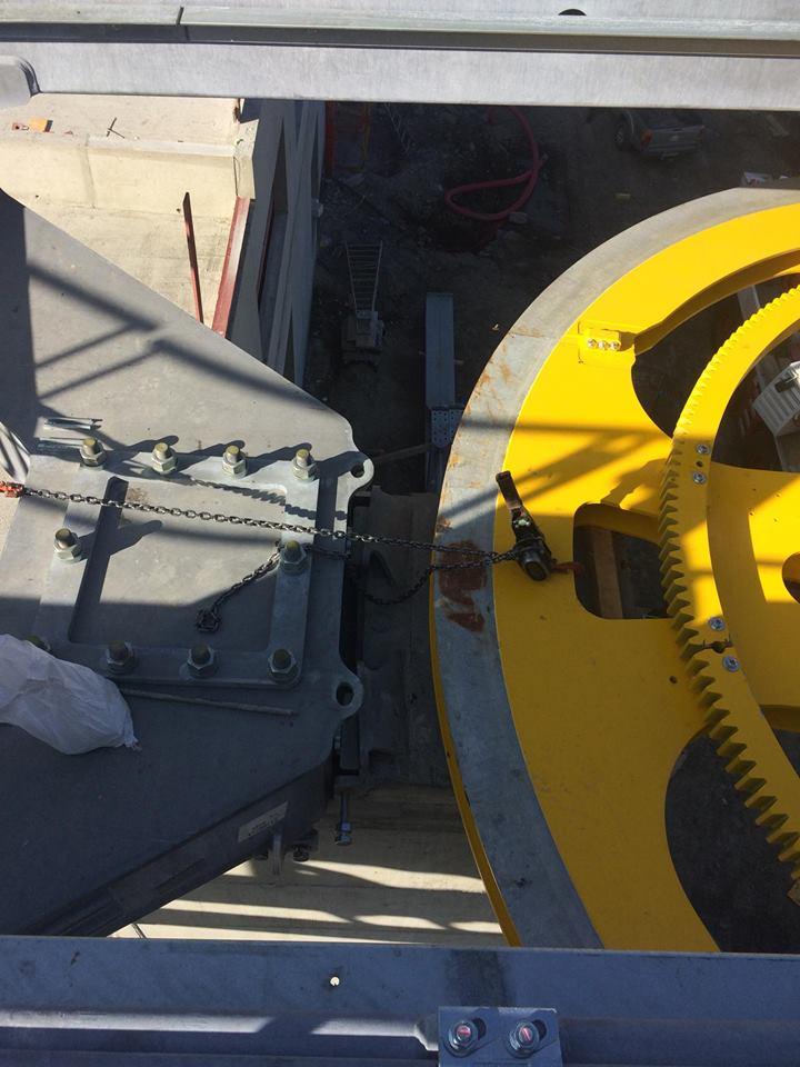 Construction télécabine débrayable 10 places (TCD10) du Vieux Moulin - Val Cenis, Leitner 413