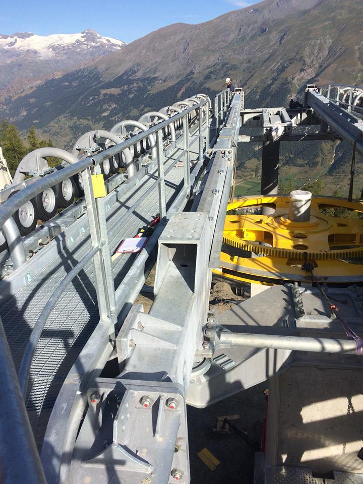 Construction télécabine débrayable 10 places (TCD10) du Vieux Moulin - Val Cenis, Leitner 613