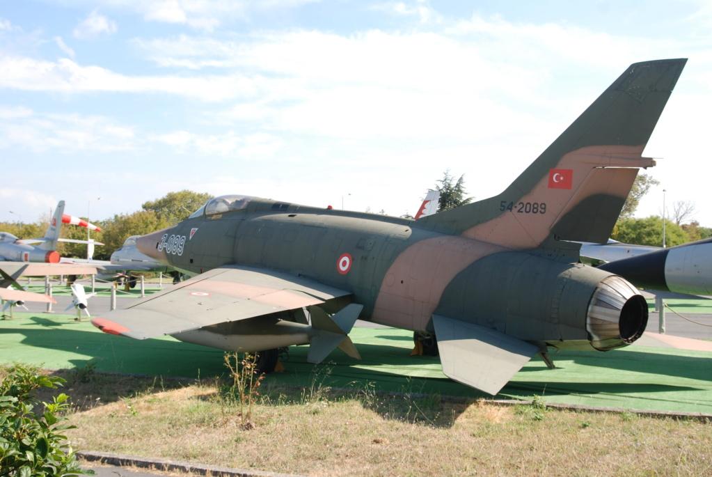 F 100 D Super Sabre  Turquie  ESCI  1/72 Dsc_0911