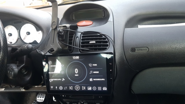 Autoradio Chinois dans la 206 de ma dame 20200111