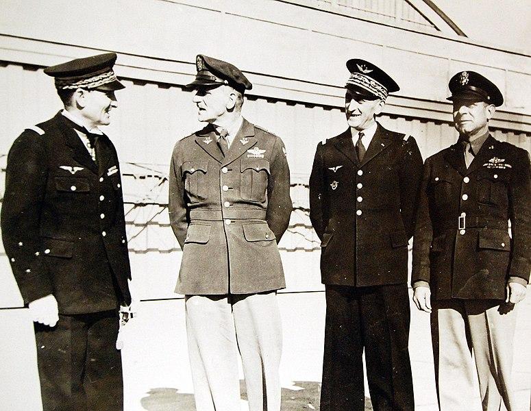 Les officiers généraux de l'armée de l'air 1939 1940 Mendig10