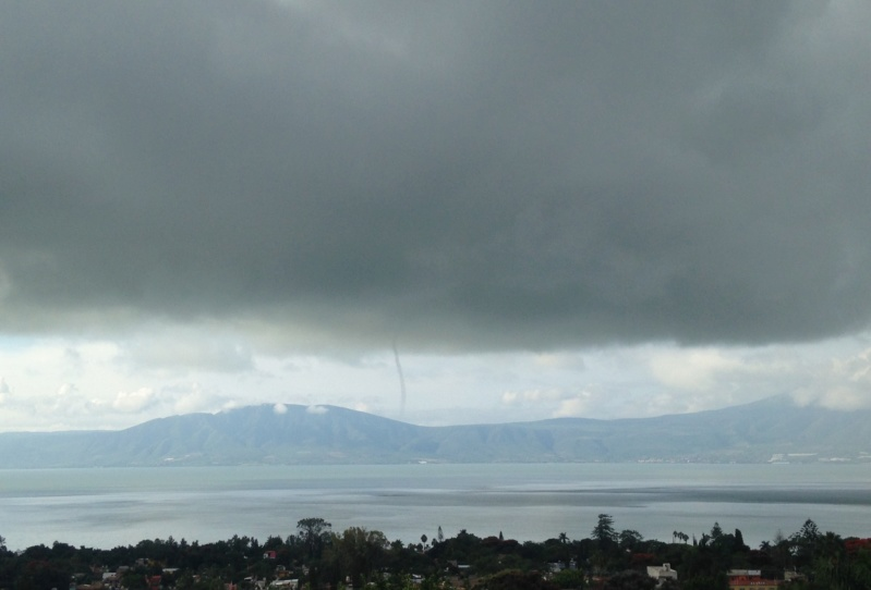Anyone see this tornado/waterspout across the lake at 9:15 am this morning? Img_2615