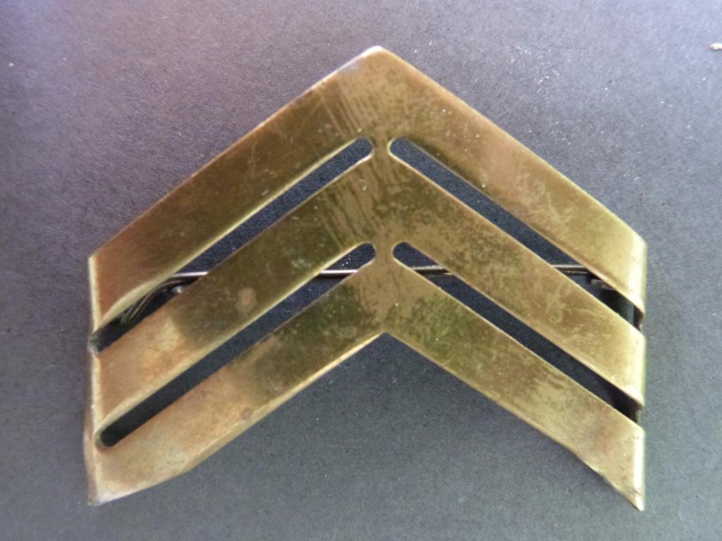 galons métalliques de sergent-chef P1190810