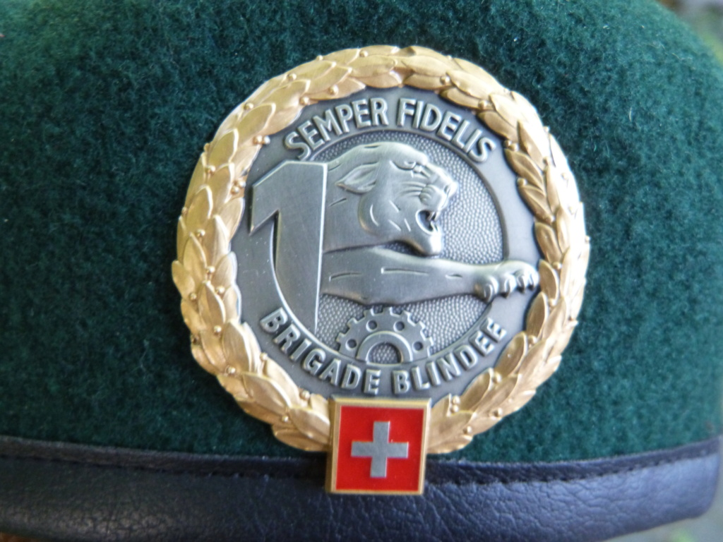 bérets suisses P1250615