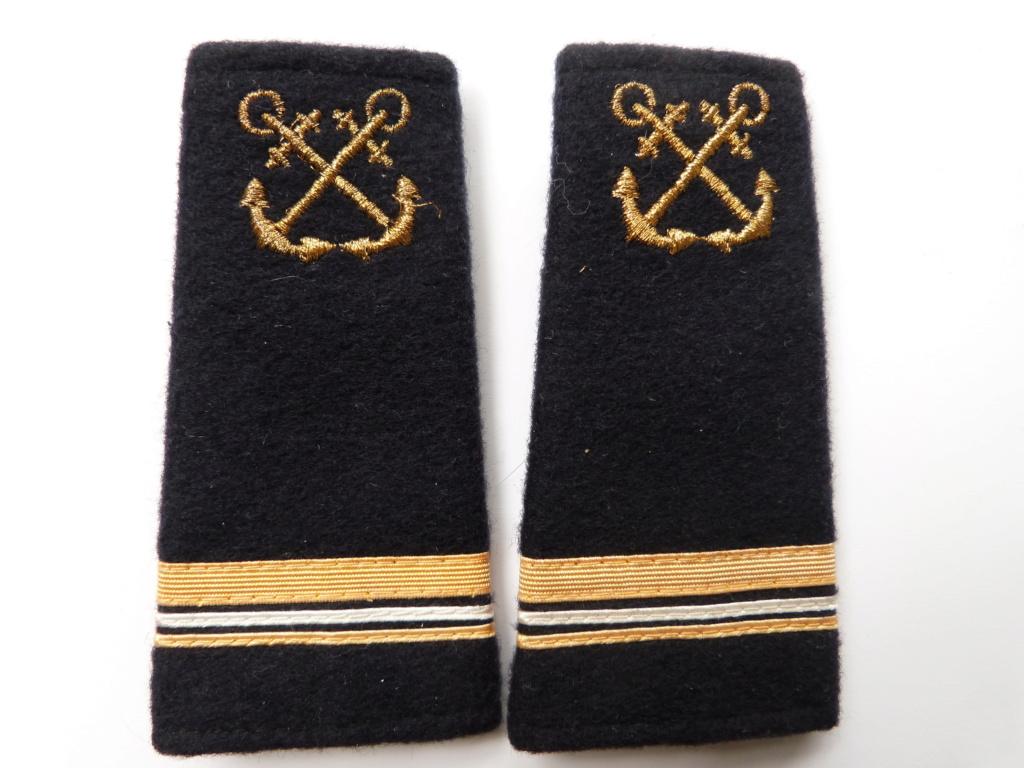 fourreaux d'épaule major marine nationale P1260311