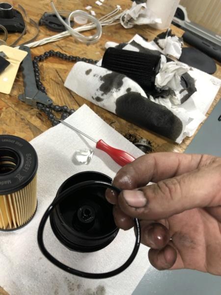 Cambio aceite, filtro aceite y filtro aire. Ingenium TD4 2,0 4x4 MY2016 93krrs10