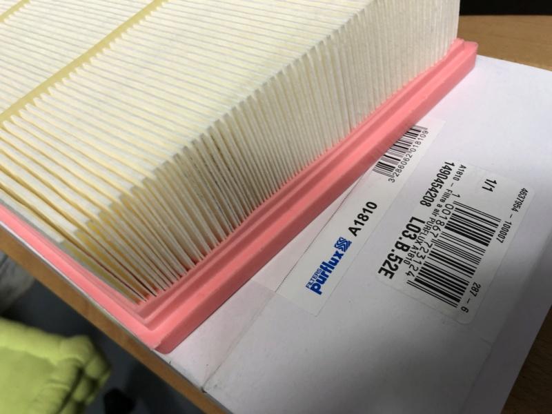 Cambio aceite, filtro aceite y filtro aire. Ingenium TD4 2,0 4x4 MY2016 Axmjcq10