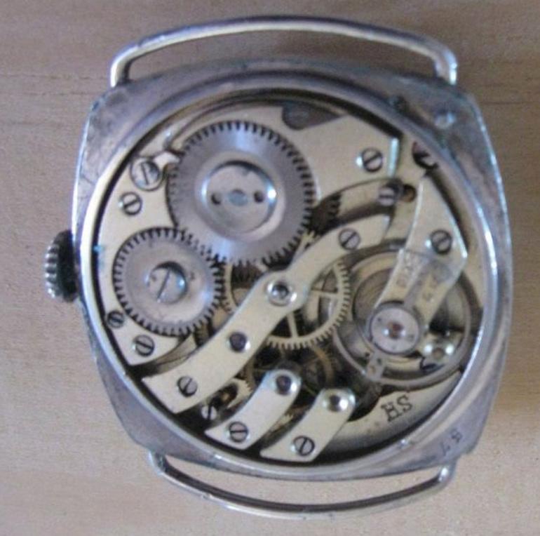 Enicar -  [Postez ICI les demandes d'IDENTIFICATION et RENSEIGNEMENTS de vos montres] - Page 33 Dd10