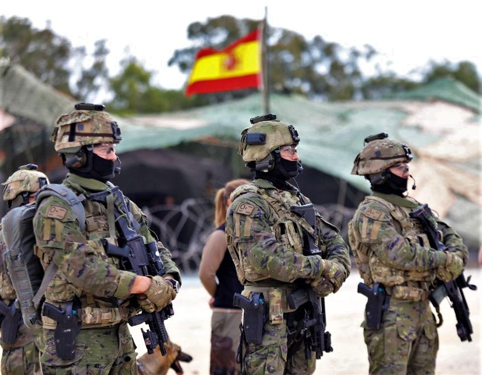 Des forces spéciales européennes pour « Takuba »  09iyah10