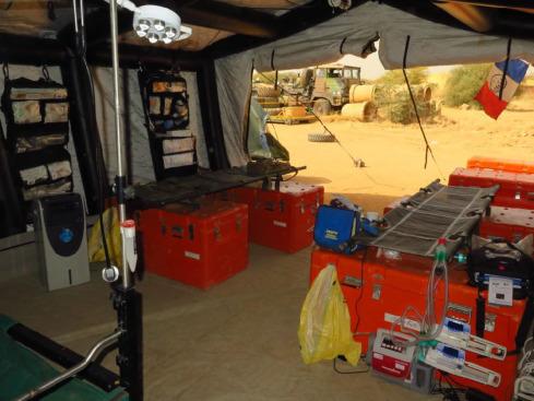 Un bloc opératoire au plus près des combattants 1-s2_010