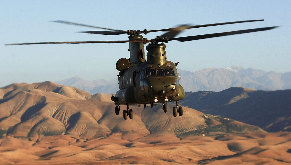 De l'importance des hélicoptères lourds à Barkhane 142d2011