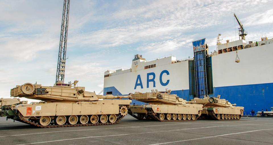 Acheminements de la 1 ArBde US pour Atlantic Resolve 18485911