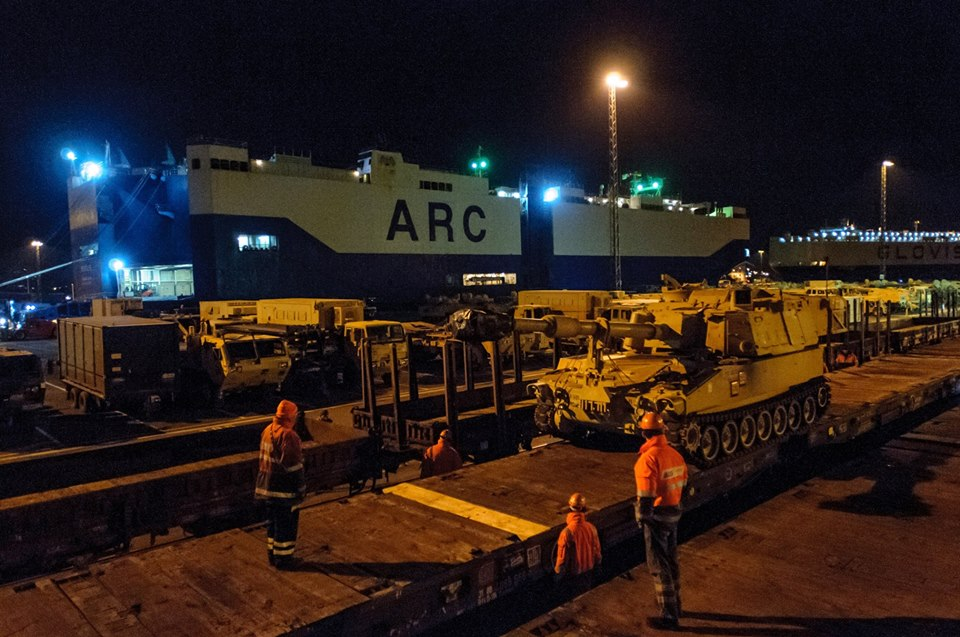 Acheminements de la 1 ArBde US pour Atlantic Resolve 18582611
