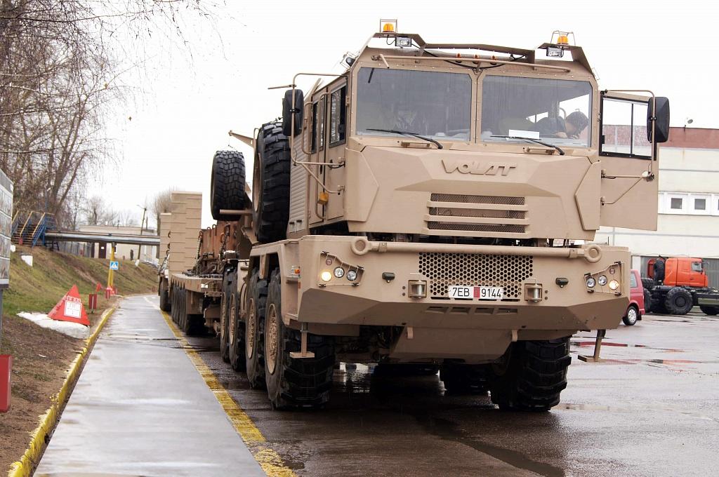 Des porte-chars VOLAT pour les Emirats Arabes Unis 1_1_mi10